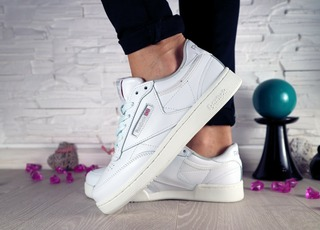Жіночі кеди Reebok Club White 10584
