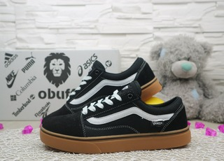 Жіночі кеди Vans Old Skool чорні 10920
