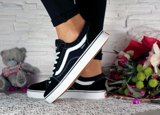 Жіночі кеди Vans Old Skool чорні 10773